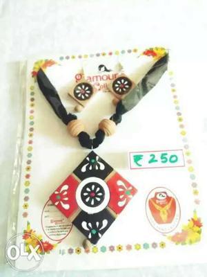 Brand new terracotta jewellery.
