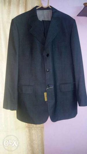 Park Avenue suit and pant grey colour perfect for