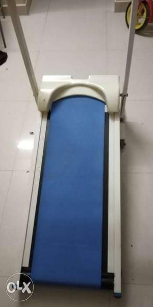 Manual Treadmill for home use