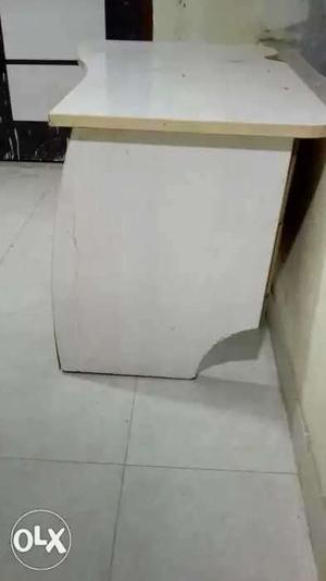 Rectangular White Wooden Table Top