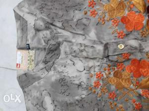 New kurti and t shirt for 570 and 395