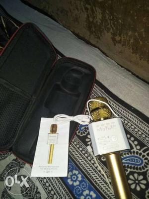 White And Gold Portable Karaoke Microphone