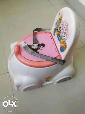 Potty pot for 6 months baby to trained for potty