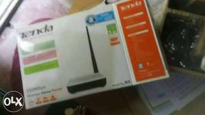 Tenda wifi for sale in new condition with box and