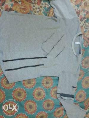 New and new t shirt mene liya tha gt se 450 ka