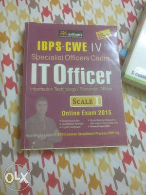 Arihant's Specialist officer cadre book for IT