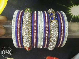 Silver-colored Clear Gemstone Encrusted Bangle Set