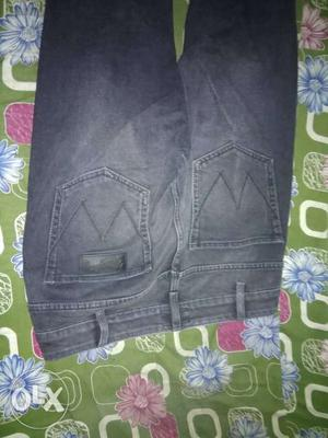 Wrangler this Jean is buy a online but size
