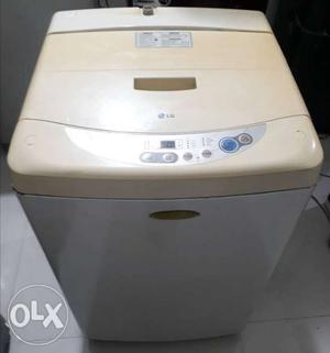LG top load fully automatic washing machine 5.5kg