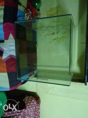 Aquarium 22inch by 18inch by 18inch tank with only buyer can