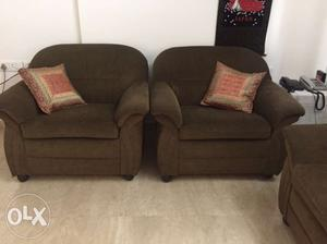 5 seater dark green sofa set is ready for sale