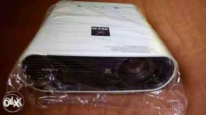 Sony Cinema Lcd Projectors and Office Projectors
