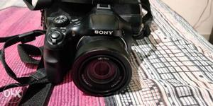 Sony HXx Zoom Camera in Perfect Condition