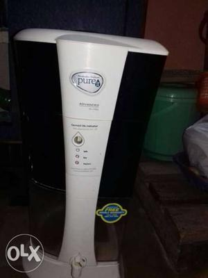 White And Black Pure It Water Purifier