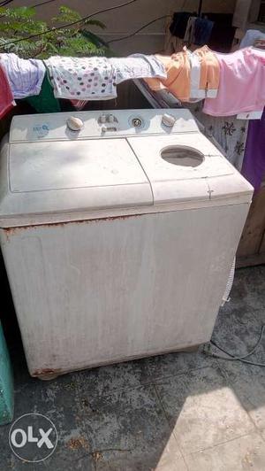 LG Twin tub Washing machine 6kg capacity