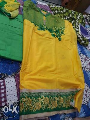 Ladies cotton suits for women.required people for
