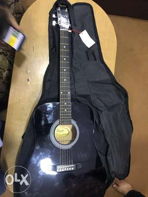 Guitar fender squier SA 105 acoustic