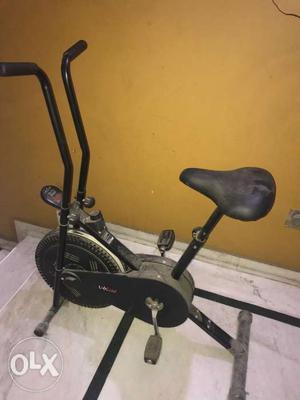Lifeline excercise bike with digital meter.