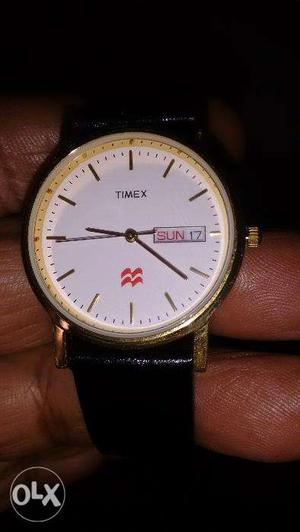 Brand new Timex men's golden color watch with Day & Date