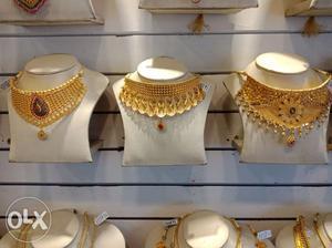 BIS 916 Gold ornaments on EMI