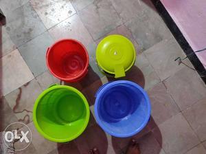 2 big bucket, 1 Small Bucket, 1 Small dust bin,