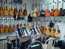 All New Guitars good Quality,Good Tones in Offer
