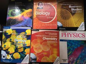 Cambridge IGCSE, IB books