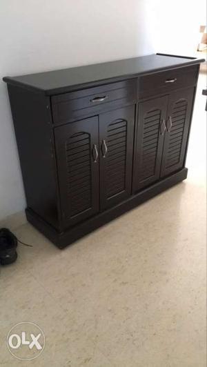 2door shoe rack in good condition