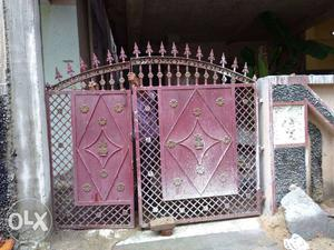 7 Feet 8 Inch Wide And 6 Feet Height Iron Gate In