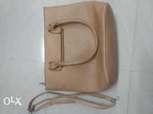 High Quality Leather hand bag for best price.