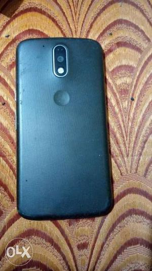 Moto g4 plus. 2/16gb 1 and half year old No