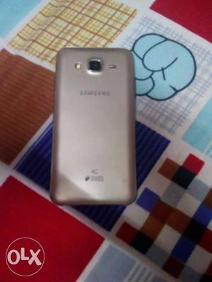 I want to sell samsung galaxy j5 phone which is