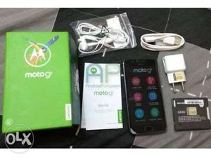 Moto g5 full kit 1 year old in good condition