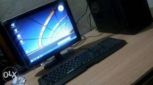 New Desktop PC's 5 Pcs (/pcs) 1GB DDR2 RAM