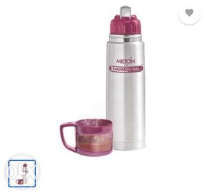 Brand new flask of 500 ml at just 370 rs at 40 percent off