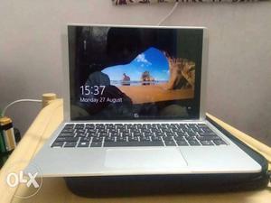 Good condition HP laptop screen teach