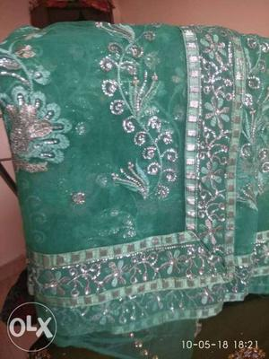 Fresh new sari each 600 both