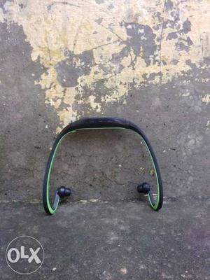 Black And Green Wireless Stereo Headset