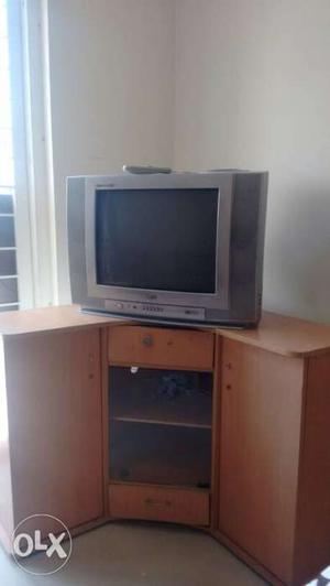 LG Soundmaster TV with corner table