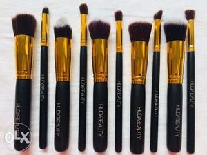 Huda Beauty Professional Kabuki Makeup Brush Set Of 10