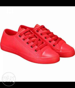 Latest collection of red cherry casual shoes. Online price -