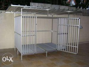 Heavy dog cage size L: 140 cm W: 170 cm H: 110