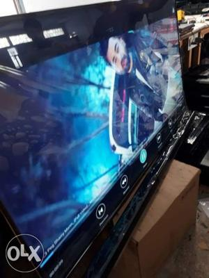 32 inch size tv  inch smart LED TV Brand new.