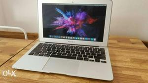 Gadgetzone-11 Macbook Air Superb condition visit