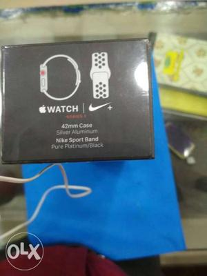 Apple watch series 3 42mm (GPS +Cellular) silver