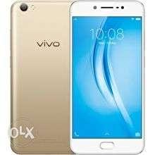Not a single scratch..its a brand new vivo v5 s