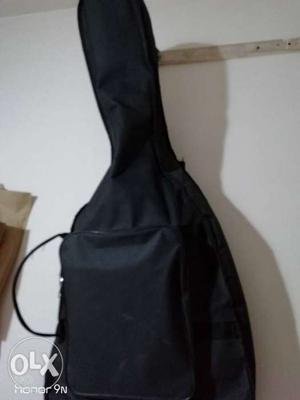High quality guitar bag is up for sale interested
