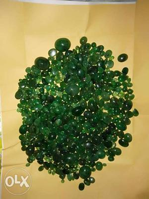 Natural emerald per ct 300rs in reasonable rate