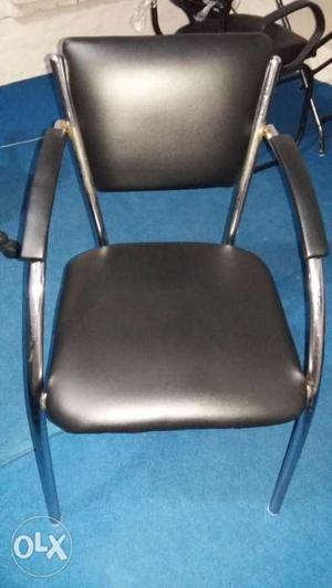 3 months old office chair..best for desk use