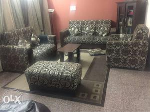 6 seater sofa set in excellent condition, being